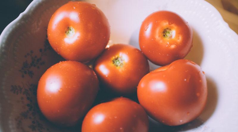 Comment recuperer des graines de tomates pour semer - Comment semer des tomates ...